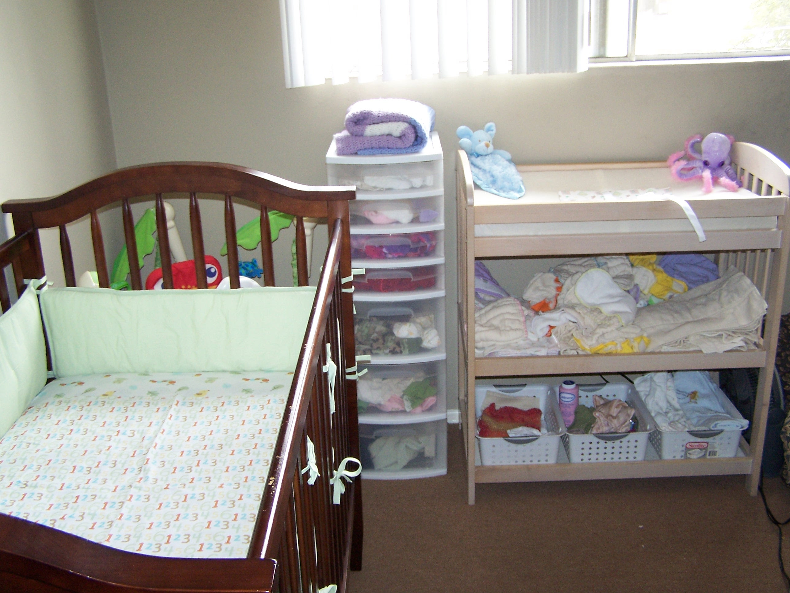 How to Organize Baby Room