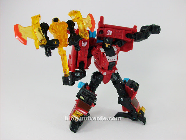 Transformers Smolder con Chopster Power Core Combiners - modo robot