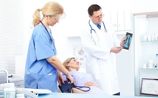 How healthcare mobile apps help doctors and patients