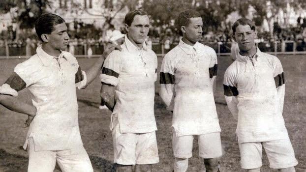Seleção brasileira entrou em campo pela primeira vez na história em 1914