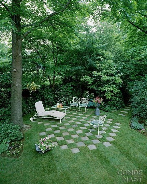 Garden design one love the checkerboard effect for Checkerboard garden designs