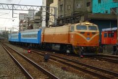 E214-1515次(冷平專列)