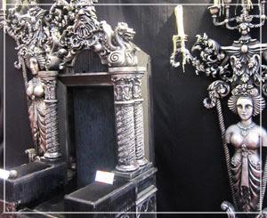 Marunouchi Bright Christmas 2012 劇団四季60周年展、怪人の椅子と燭台