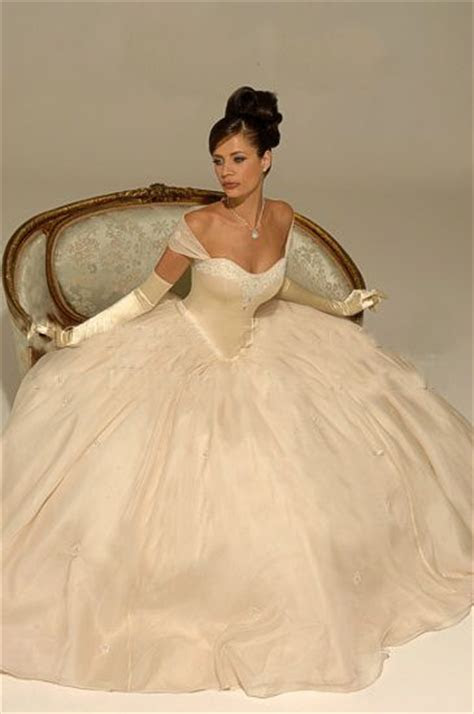 Best 20  Princess style ideas on Pinterest