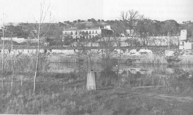 Palacio de Buenavista visto desde la orilla izquierda del Tajo. Foto Villasante