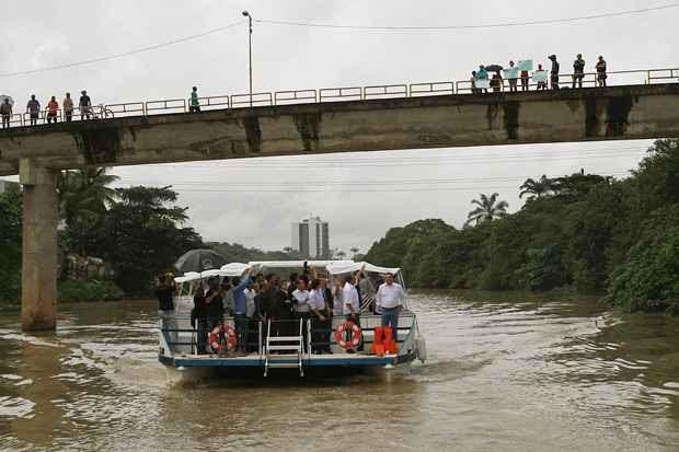 As primeiras estações contempladas são as do Derby, do Recife e Santana, com previsão de conclusão para março de 2014. Foto: Annaclarice Almeida/DP/D.A Press