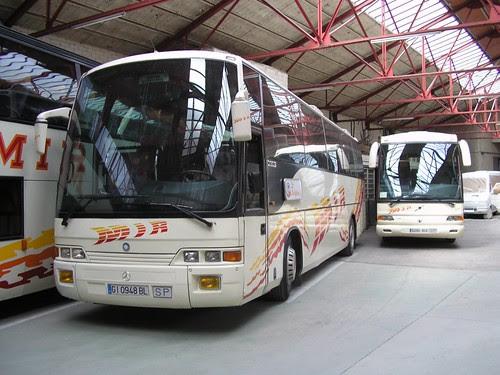 Autocar de l'empresa TRANSPORTS MIR de Ripoll (Girona)