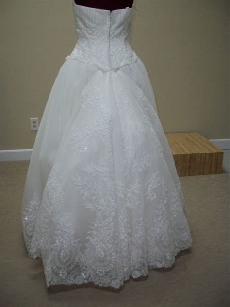 Alterations By Christy   We specialize in fine delicate