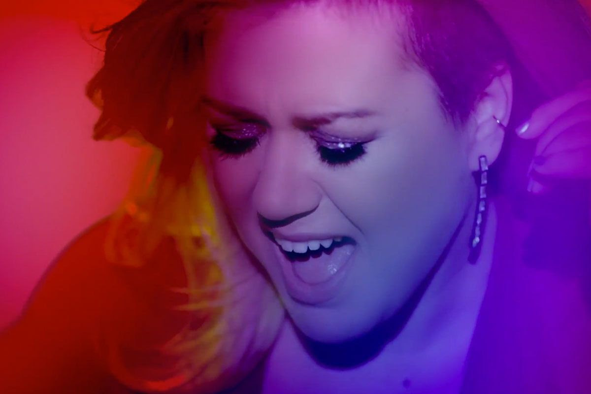 Kelly Clarkson : The Heartbeat Song (Video) photo Kelly-Clarkson1.jpg