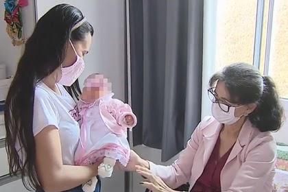 Бабушка родила собственную внучку по просьбе дочери