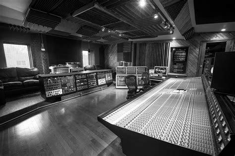 luxury recording studio bungalow house design home