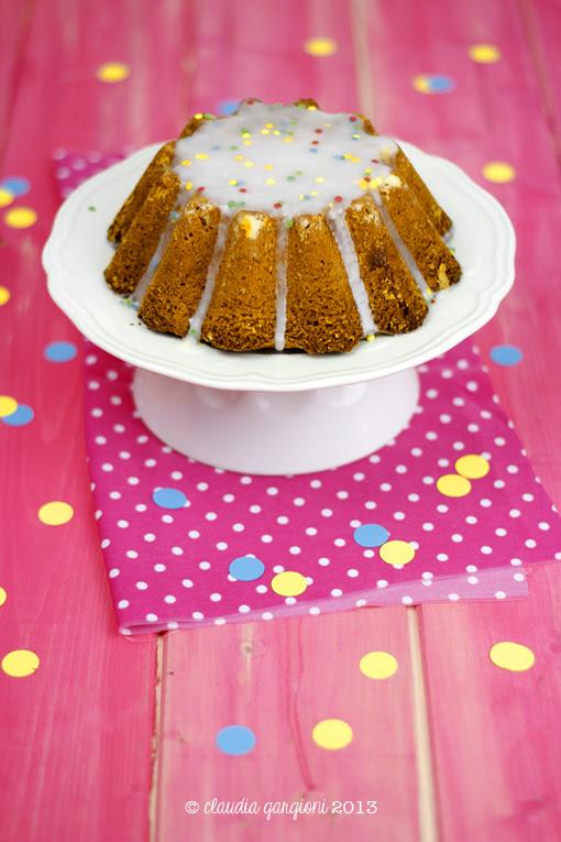 torta di panna e coriandoli