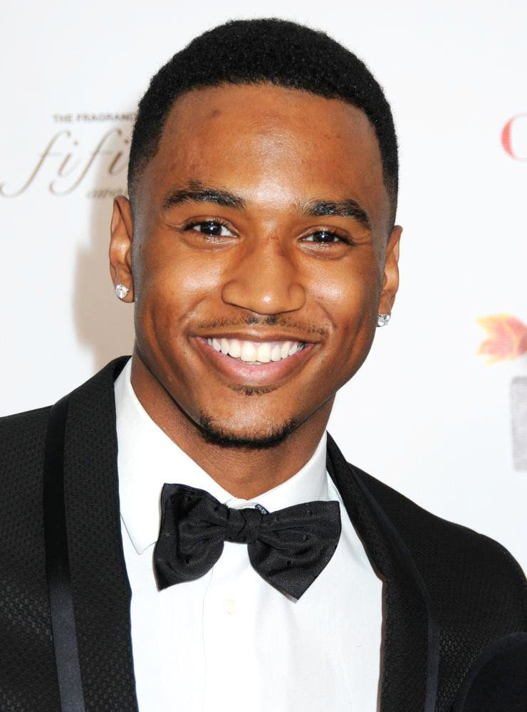 pictures of trey songz shirtless. 2010 girlfriend Trey Songz Ft
