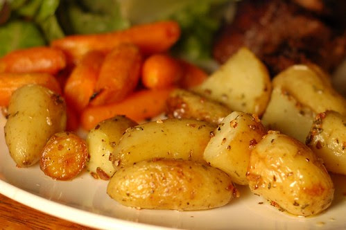 Roasted New Potatoes With Rosemary, Garlic & Sea Salt