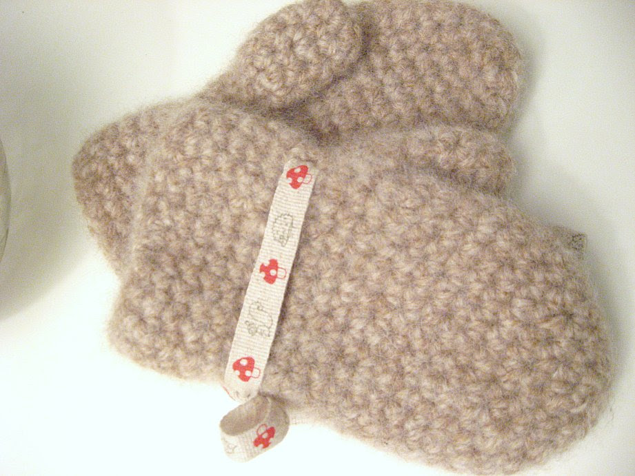 Crocheted and felted mittens