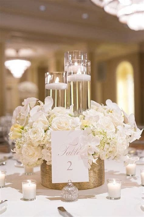 25  best Gold centerpieces ideas on Pinterest   Glitter