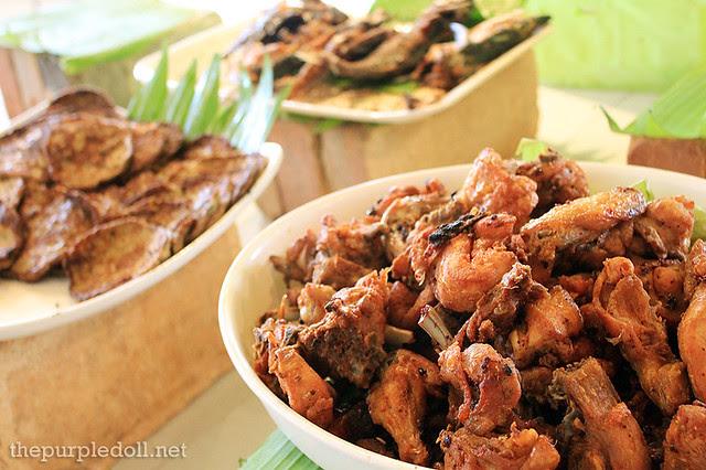 Fried Chicken, Torta and Fried Galunggong