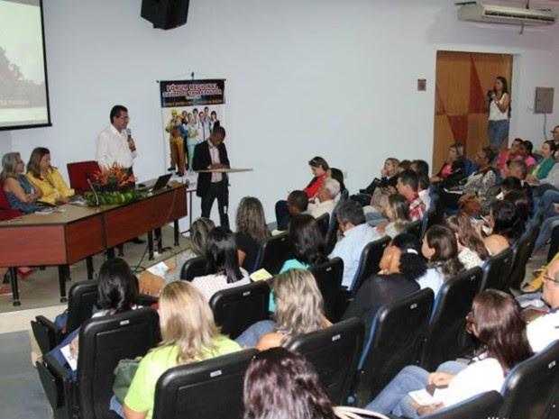 No encontro, foi ressaltado que os próprios funcionários precisam fazer uso de ferramentas de segurança disponíveis (Foto: Rogério Aderbal/G1)