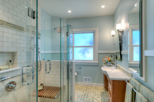 Featured Project: Bungalow Bathroom Gains New Accessibility (This week on Houzz)