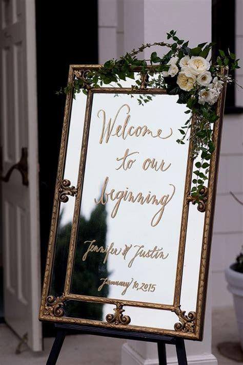 vintage  wedding sign ideas deer pearl flowers