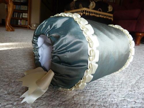 1770s green/ivory silk muff
