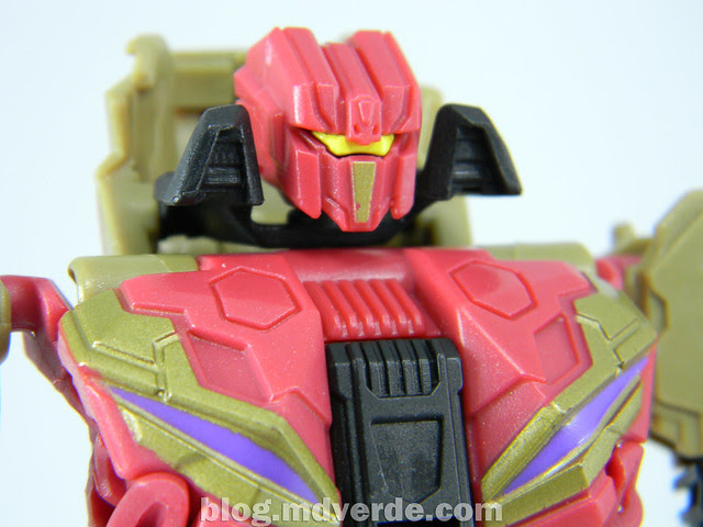 Transformers Vortex Generations Fall of Cybertron - SDCC Exclusive - modo robot