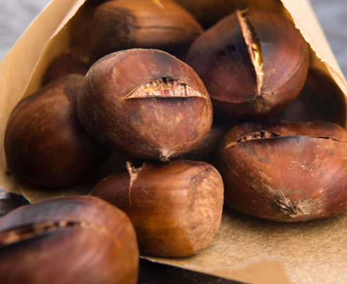 How You Can Roast Chestnuts in the Oven: 4 Easy Steps