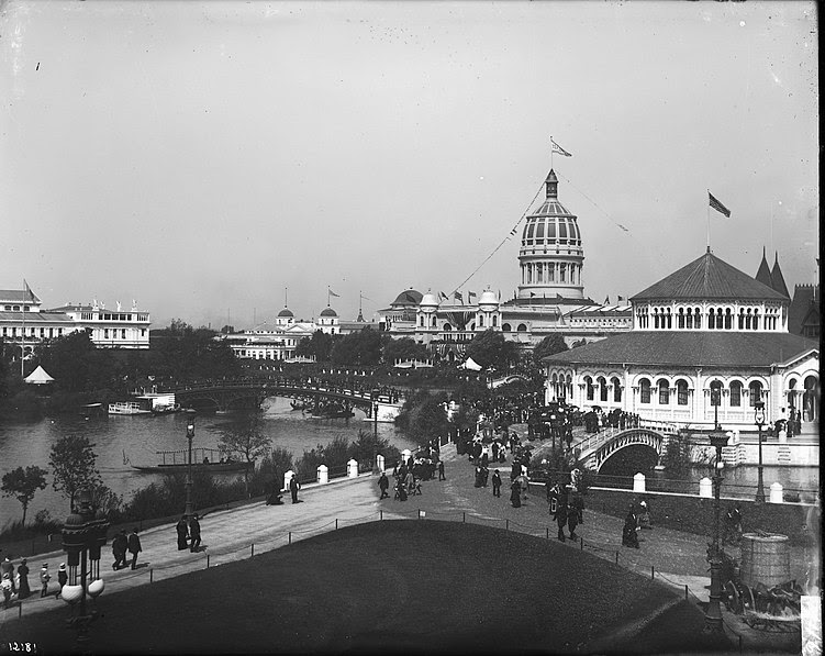 http://upload.wikimedia.org/wikipedia/commons/thumb/a/a8/Chicago_World%27s_Columbian_Exposition_1893.jpg/751px-Chicago_World%27s_Columbian_Exposition_1893.jpg