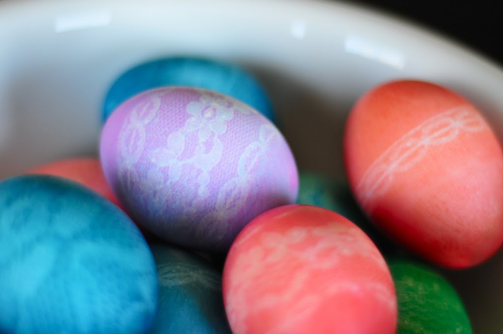 Lace Patterned Easter Eggs