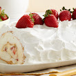 Heavenly Strawberry Roll Cake Recipe