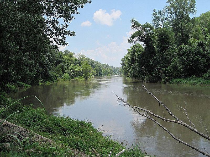 File:Reverie TN 08 former MS river S.jpg