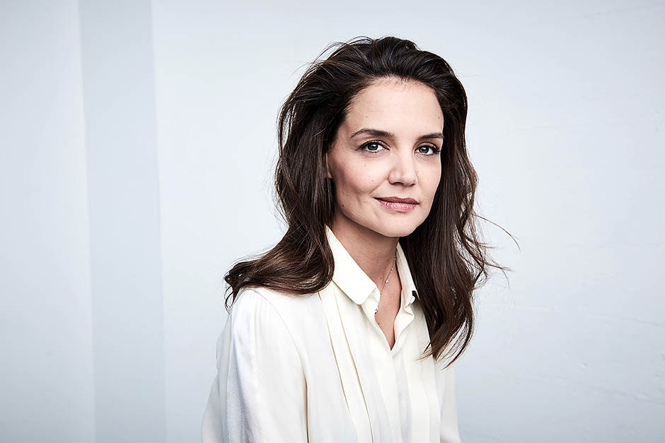 NEW YORK, NY - APRIL 16:  Actress and director Katie Holmes poses at the Tribeca Film Festival Getty Images Studio on April 16, 2016 in New York City.  (Photo by Larry Busacca/Getty Images for the 2016 Tribeca Film Festival )