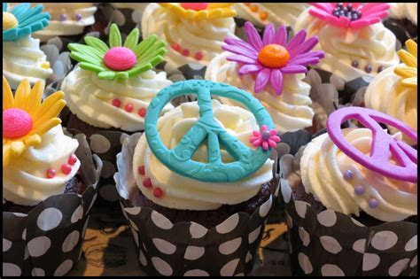 Hippie Hipster Cupcakes!   cupcakes2delite