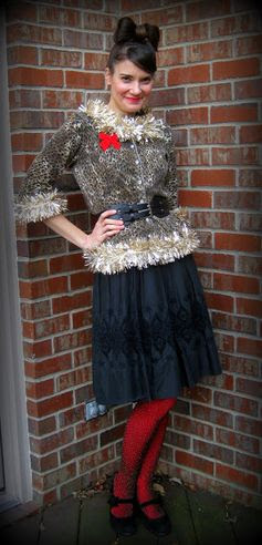 Cassie Stephens: DIY: The Tacky Christmas Sweater