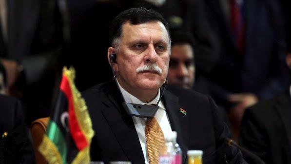 """Libia, il governo: """"Fermare offensiva anti-Isis su Sirte"""""""