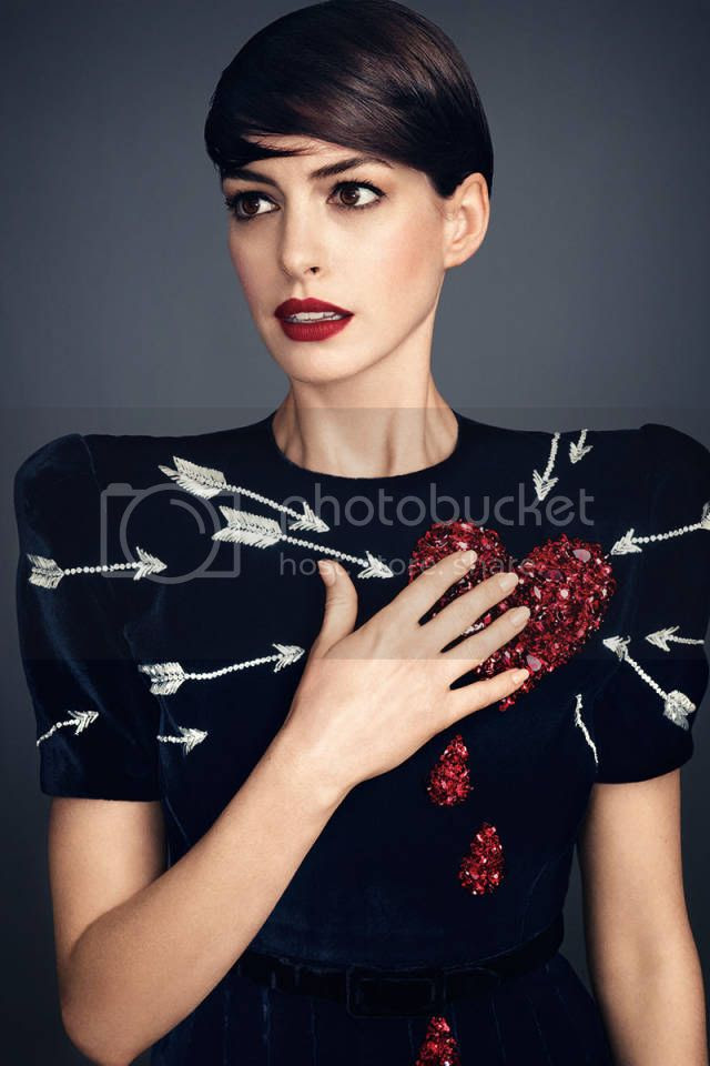 Anne Hathaway Fashion Styles for Harper's Bazaar  Daring Issue photo anne-hathway-harpers-bazaar-november-07.jpg