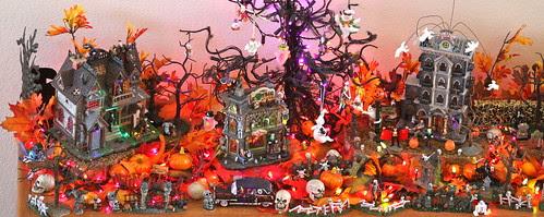 Mary Ellen Pagkevin dooleye's Halloween Town 2009