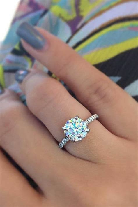 30 Round Engagement Rings   Timeless Classic And Not Only