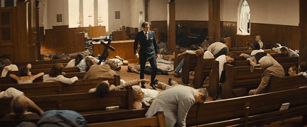 Galahad está na igreja rodeada por todas as pessoas que ele matou.  Esta foi uma grande cena orgia Illuminati.