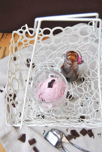 Pink Stracciatella - or Hibiscus Flower Ice cream bit chocolate bits