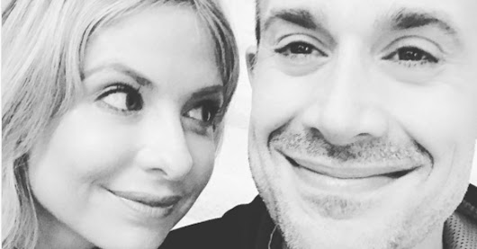 The Key To A Long, Happy Marriage, According To Freddie Prinze Jr.