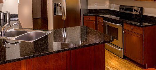 Lustro Italiano-The Best Granite Cleaner and Polish