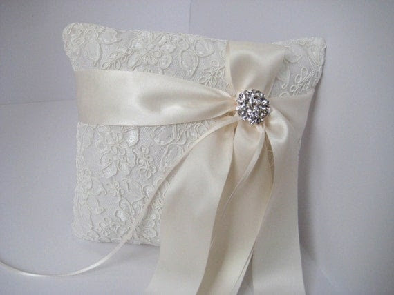 Ivory Alencon and Satin Ring Bearer Pillow