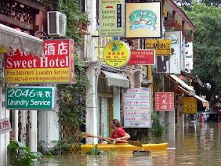 Kayak dans les ruelles de Yangshuo