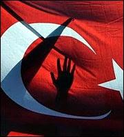 Τουρκία: Εσωτερικό «ξεκαθάρισμα» στο AKP από τους γκιουλενιστές
