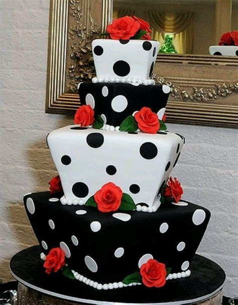 Polka Dotted cake. Alternate layers of white frosting and