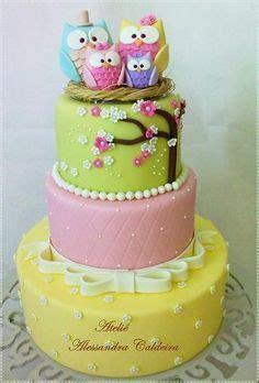 Cake Trend   Owl Cakes   Paul Bradford Sugarcraft School