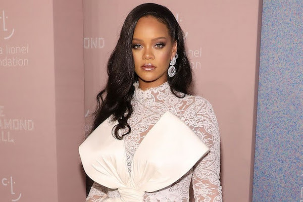 138bf69ce9d Google News - Rihanna sues her father over Fenty name - Overview