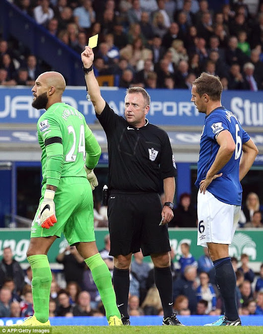 Graham Poll Declares The Goodison Thriller as The Worst Officiated Game He's Seen