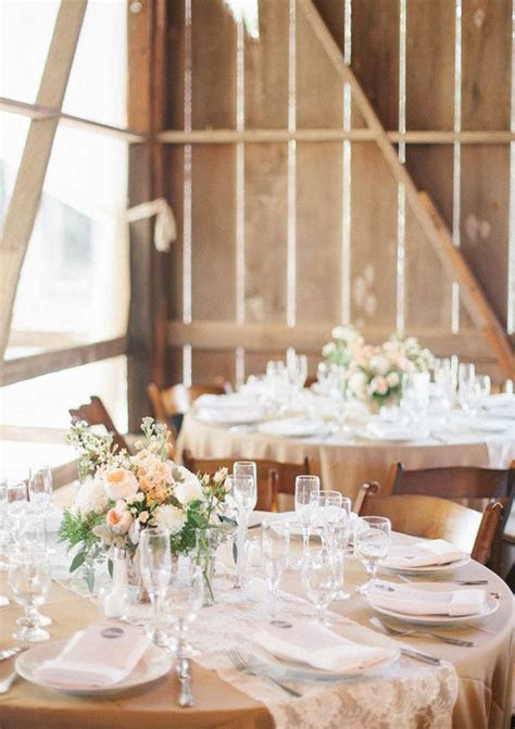beige/tan tablecloths with lace runners   Wedding Ideas